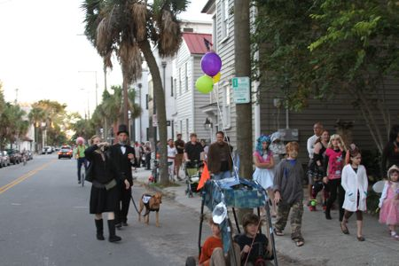 Elliotborough cannonborough halloween parade and festival, charleston Sc downtown neighborhood